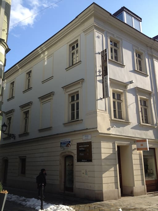 Apartment in the city center apartments for rent in for Bratislava apartments