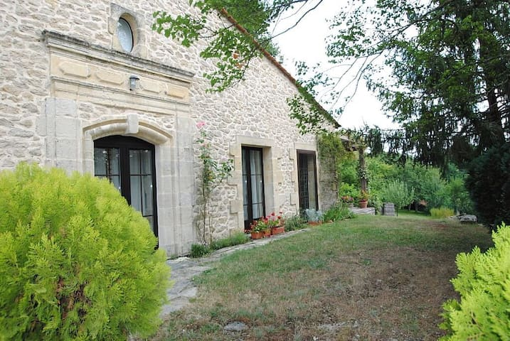 Gite sleeps 6 close to  St Emilion - Saint-Vincent-de-Pertignas - 一軒家