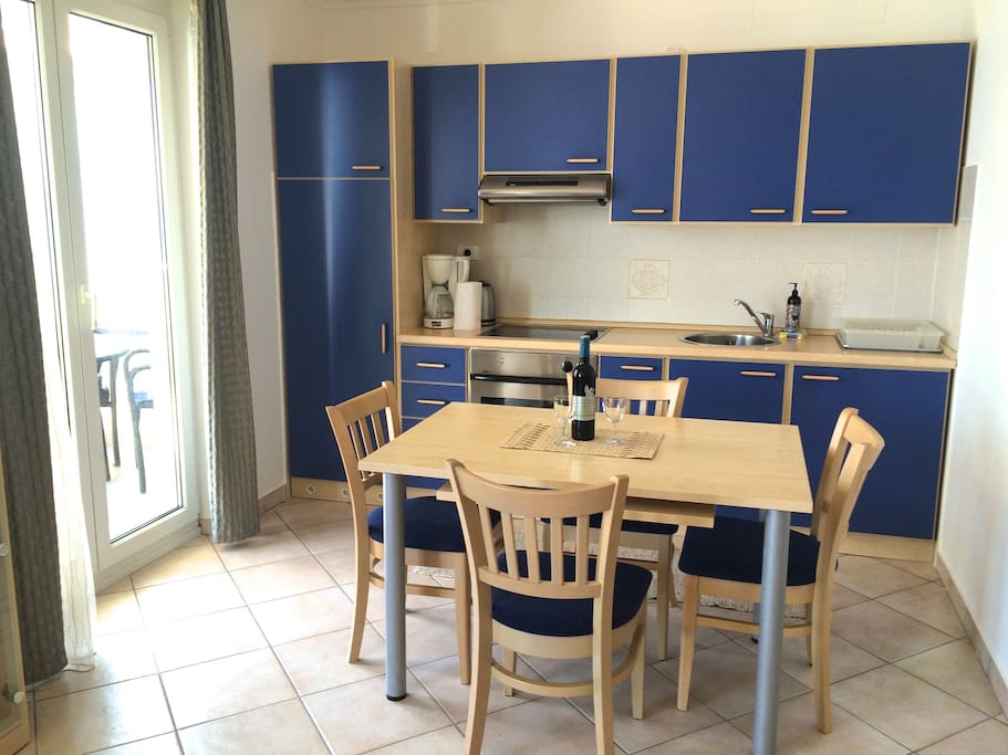 Fully equipped kitchen, great for cooking delicious meals