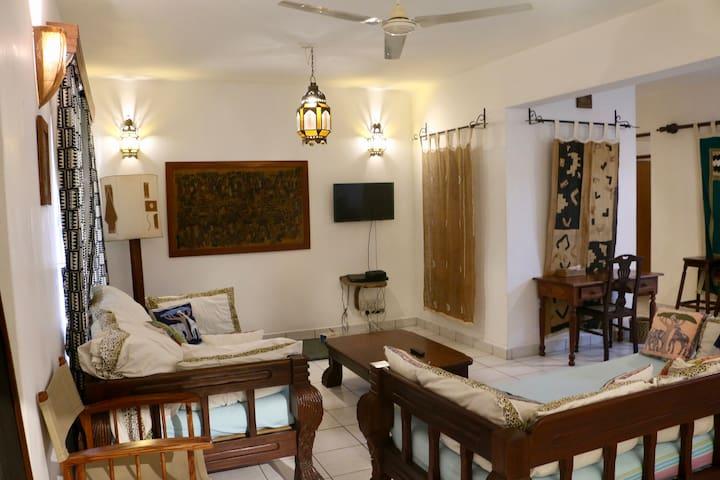 Ratna Serviced Apartments (Kisite)