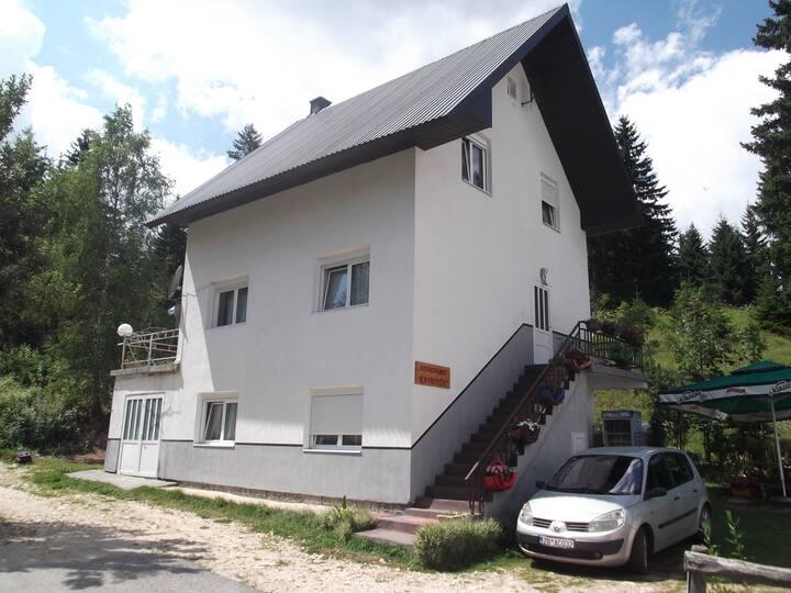 Apartmani Kavedzic