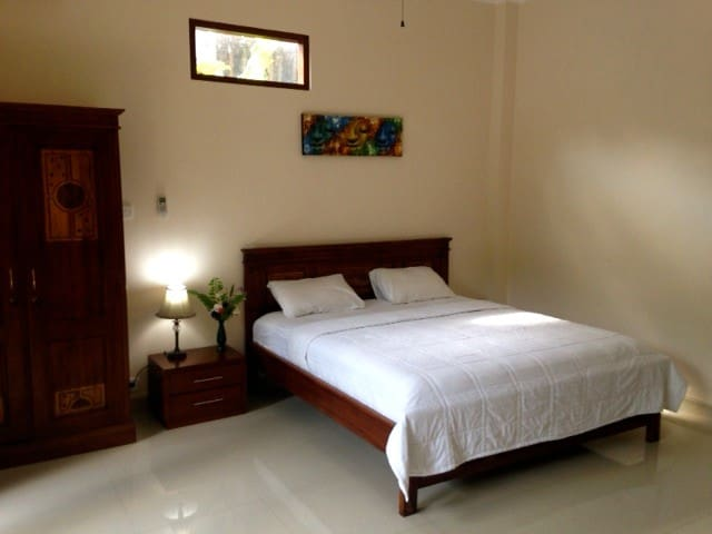 Casa Di Jaya ,cozy family house - อูบุด - บ้าน
