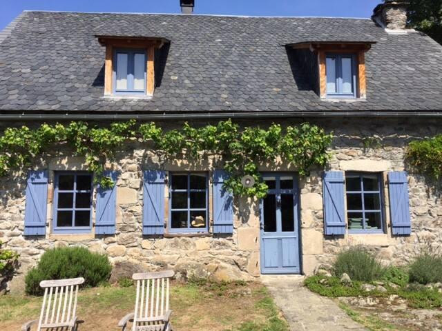Charming cottage - heart Auvergne