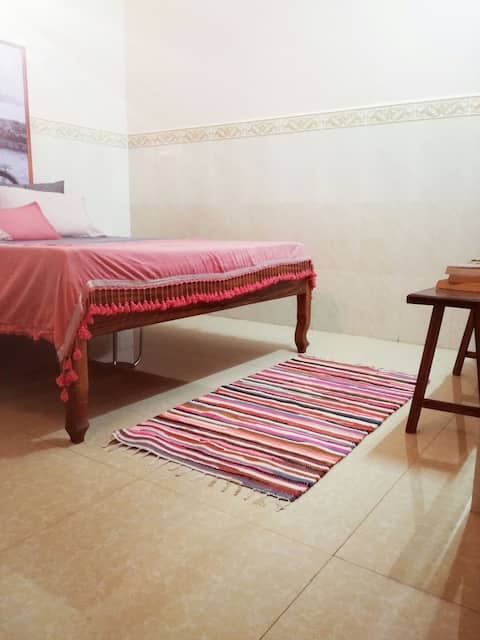 Stay in Kampot 1 (Downstairs, private room)