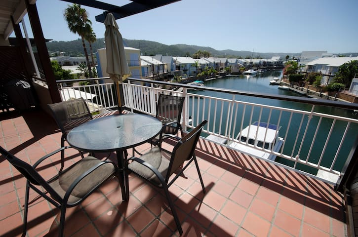 Knysna Quays luxury  1 bedroom apartment