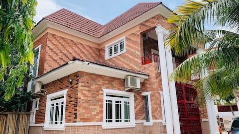 Woodgreen Apartments: Comfortable Abuja  Home