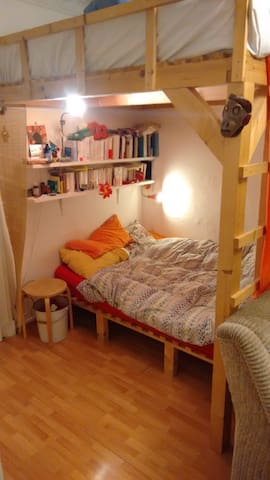 furnished room in a nice WG, 20m2