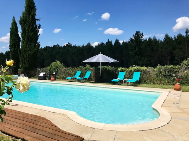 Le Figuier - 2 bed 2 bath - pool - wifi -