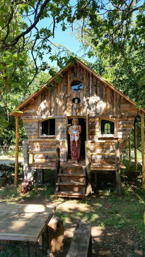 Une cabane au calme dans l'arrière pays nicois