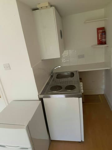 Studio flat West Hampstead Finchley - Londra - Apartamento