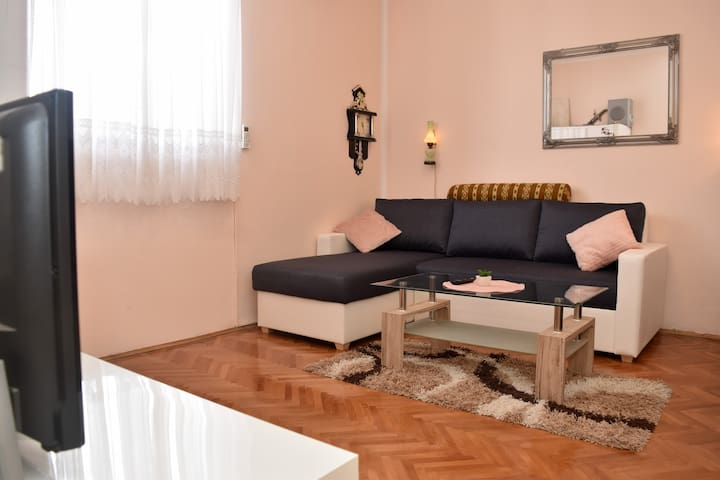 Eva - Lovely Studio Apartment in Zadar Center