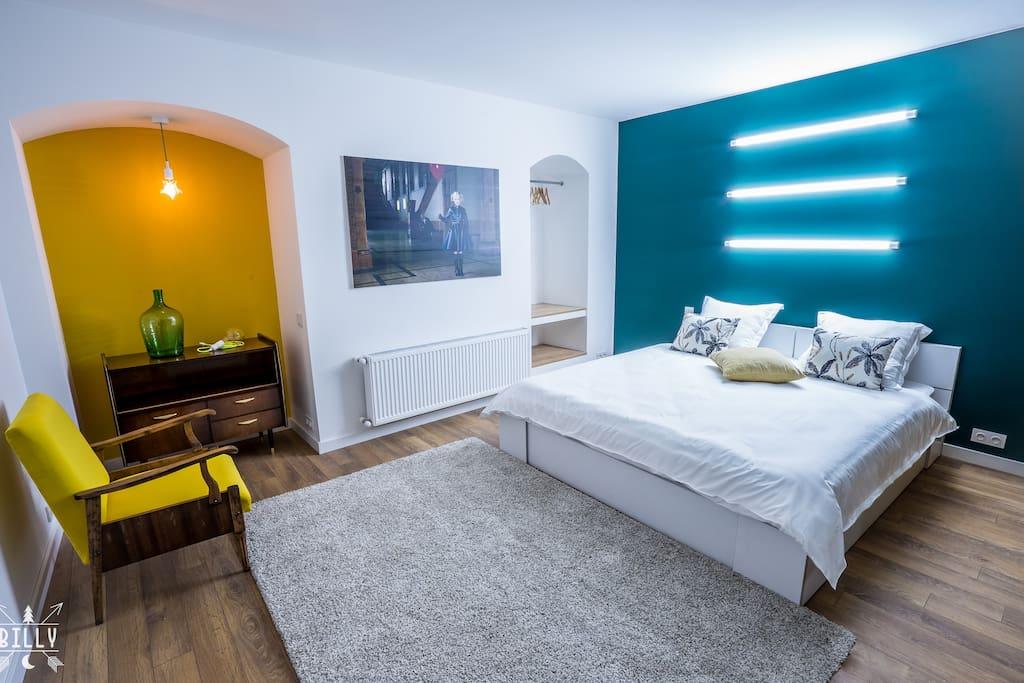 Bed 180 x 200