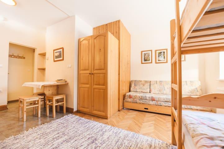 Apartment House Jurgovo - Bunk Bed Studio Kaja