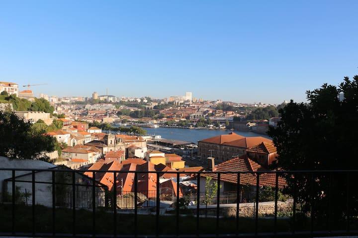 Riverside Oporto Garden