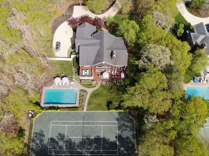 Luxury Quogue Rental Pool & Tennis