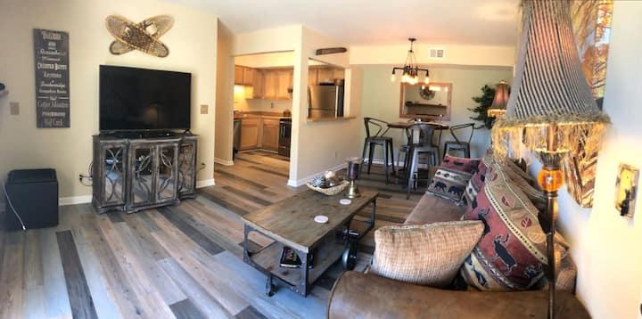 2 bedroom Waterfront Penthouse Mountain Retreat
