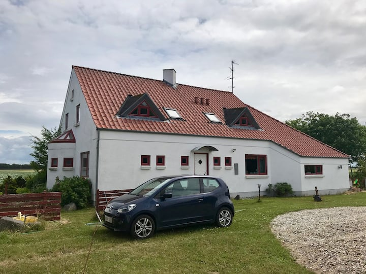 Cosy appartement in rural area close from the sea.