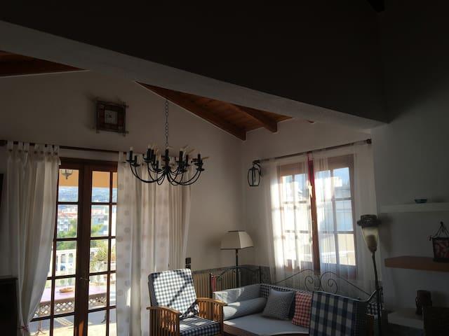 Lazaris Estate-cozy & spacious attick by the beach - Akrata - Jiné