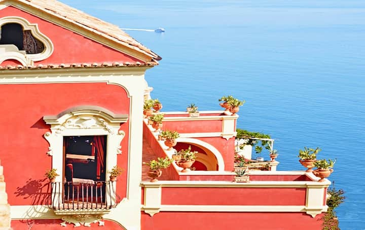 Villa del Vescovo with heated Pool, Sea View, Chef and Breakfast Ideal for Weddings