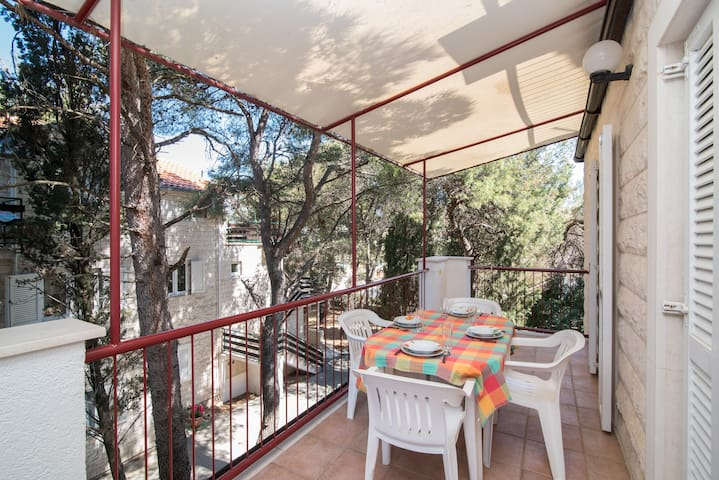 Boguvila -2 Bedroom Apartment with Terrace (A5)