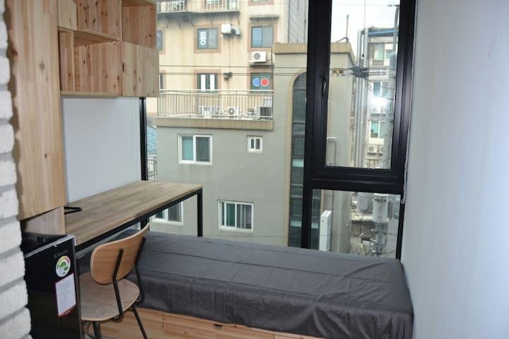 25,000/1day (private bathroom & share a kitchen)ㄹ - Seodaemun-gu - Appartement
