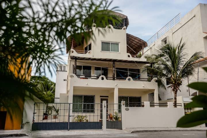 Villas Marushiña 2nd fl Apartment