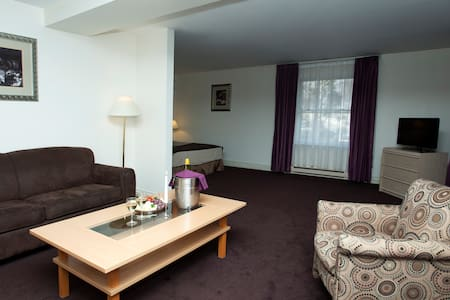 A cosy room for 1-4 persons. - Riga - Bed & Breakfast