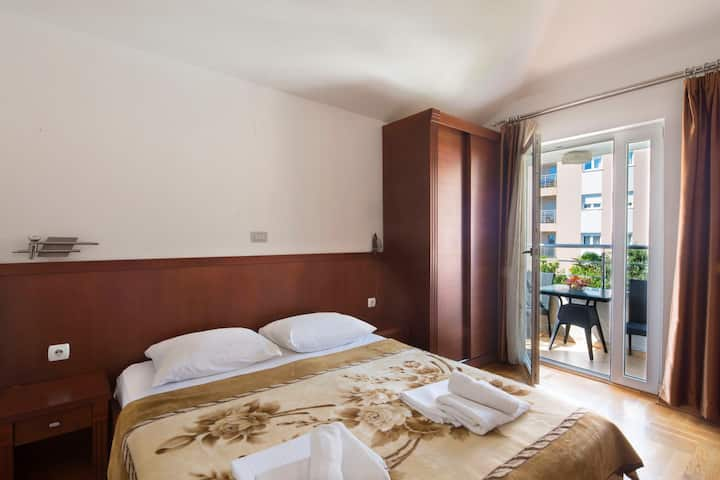 City Centre room, Few minutes from the Beach