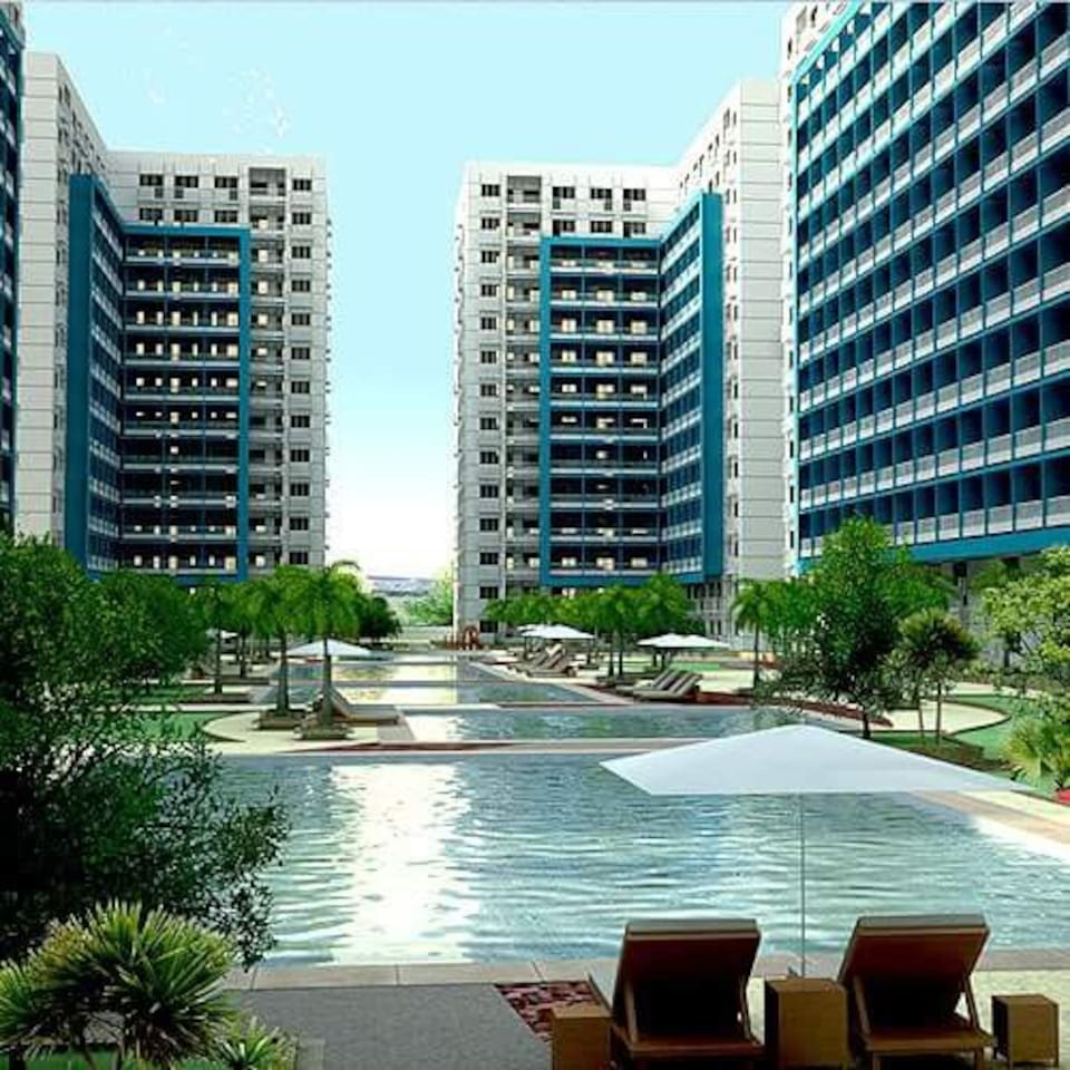 The SMDC Sea Residences swimming pool