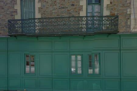 Maison Pasteur Chambre RdC - Vitré - Dom