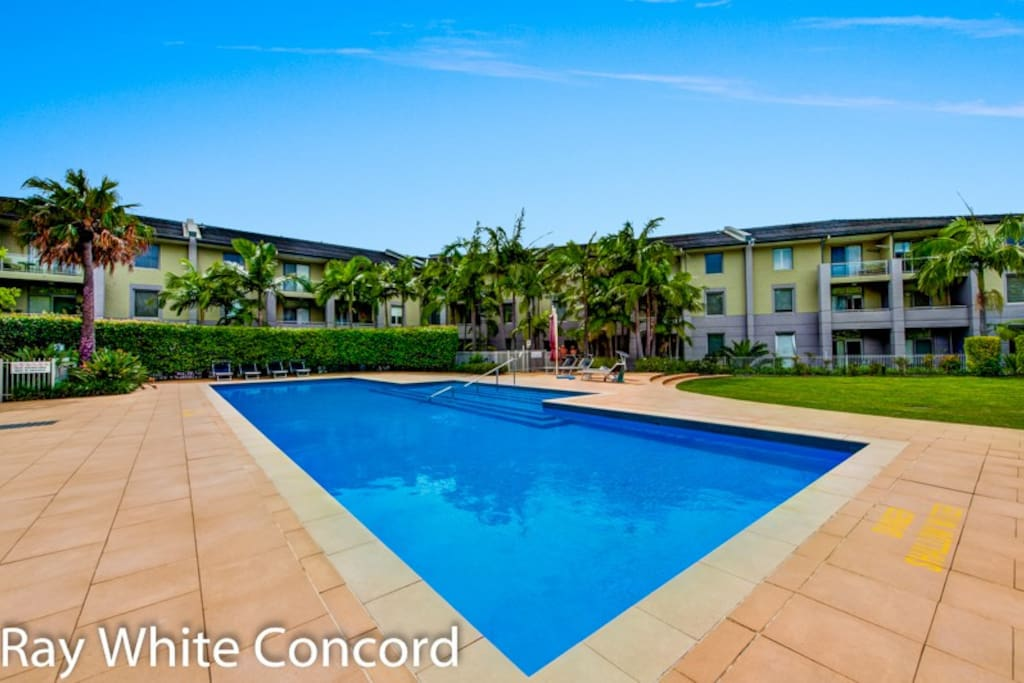 3 Bedroom Villa Complex Pool Houses For Rent In Five Dock New South Wales Australia