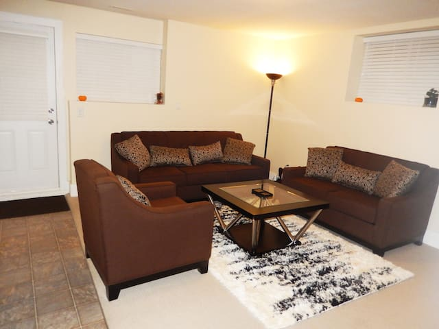 PRIVATE DELUXE SUITE