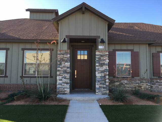 salt creek ranch 1 bed townhome