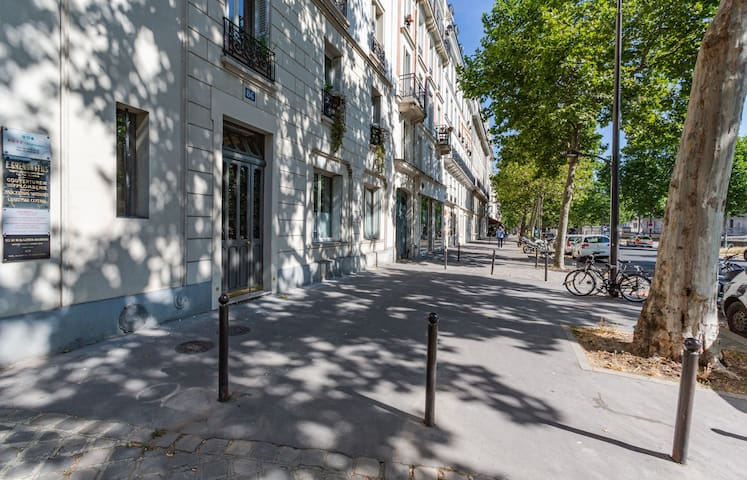 APPARTEMENT FONCTIONNEL & CHARMANT AU COEUR DU 7EME ARRONDISSEMENT DE PARIS