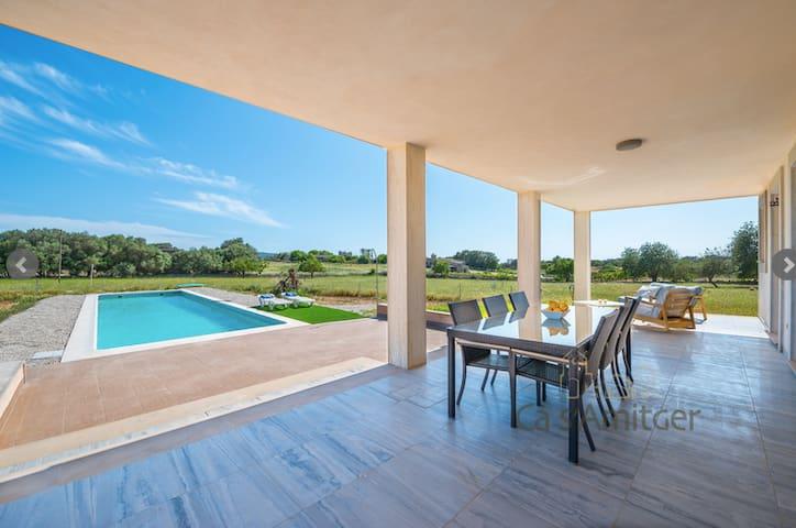 Casa Moderna en Sudeste de Mallorca - Felanitx - Hus