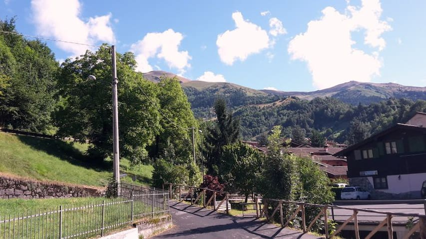 Mountain  Alps house  lovely view , bike´s sport. - San Colombano