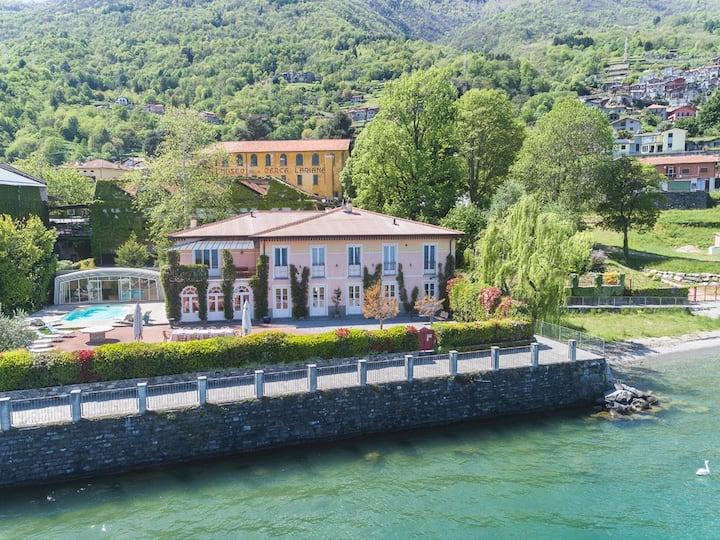 Large lakefront villa with pool! -  Villa Maia