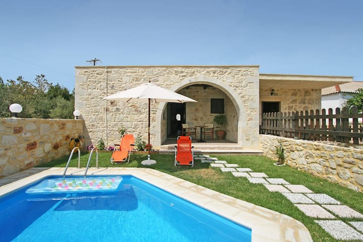Villa with 2 BD and private pool, near Falassarna - Phalasarna - Villa