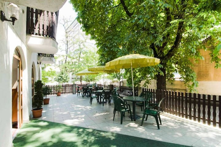 Bed and breakfast, amazing value!!! - Budapest - Bed & Breakfast