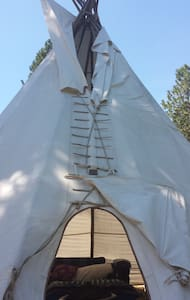22 ft.Tipi Retreat - Tipi