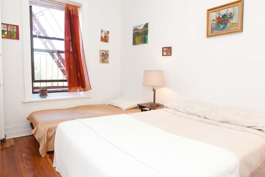 Private bedroom w private bathroom on central park flats for Rooms for rent in nyc with private bathroom