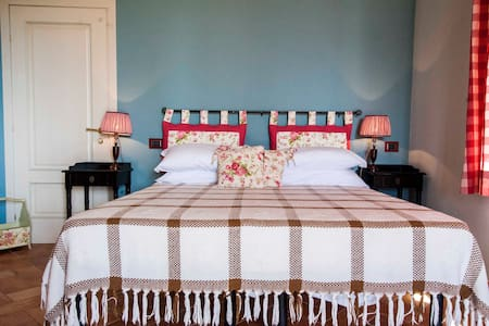 Tuscany: double room with pool - Capannori