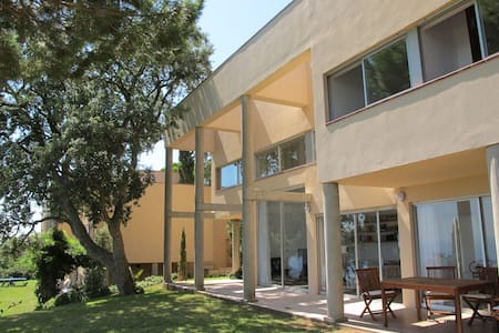 Quiet house with views over the sea - Castell-Platja d'Aro