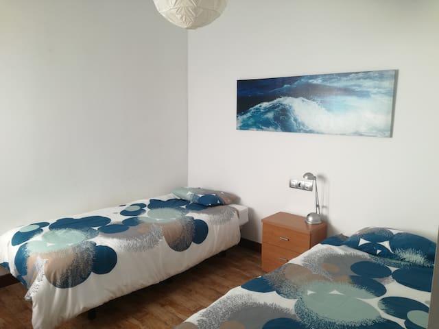 Surfhouse Epic Lanzarote Habitacion Doble Room