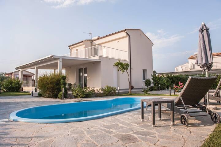 Villa a 2 passi dal mare di Cefalù - Lascari