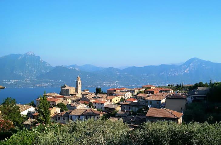 Albisano, a little village above Torri