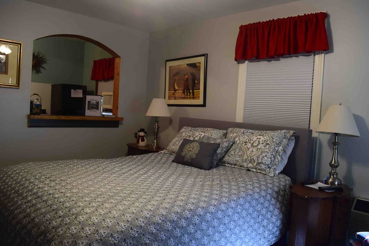 Downtown Southern Pines Studio Apartment