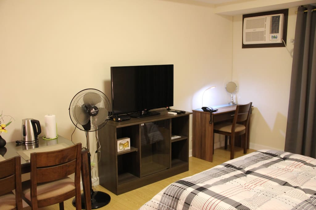 42in LED TV with Cable TV service ; Study/Dresser Table