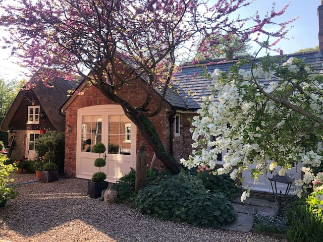 Detached Annexe in beautiful village