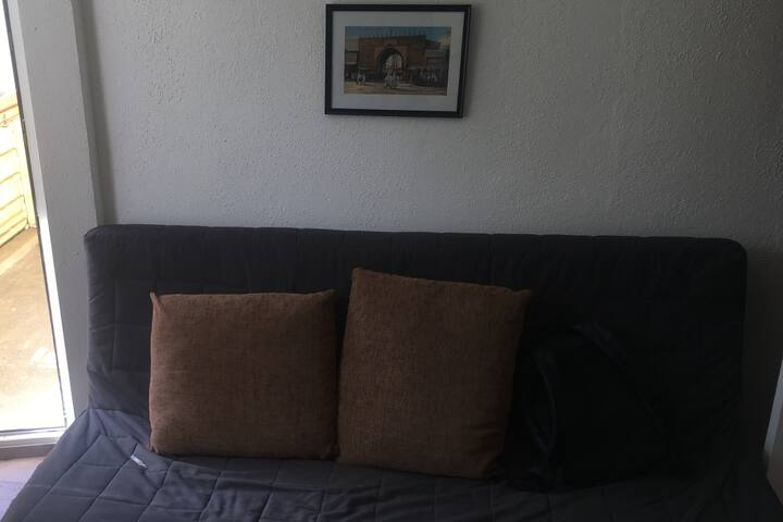 Furnished room in centre Berlins in shared flat :)